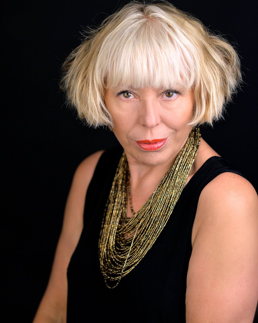 Headshot of Barb Jungr