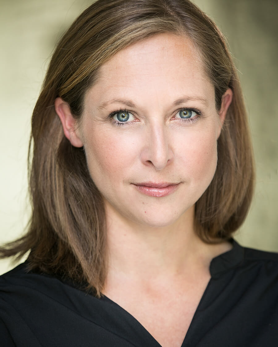 Headshot of Kirsty Yates